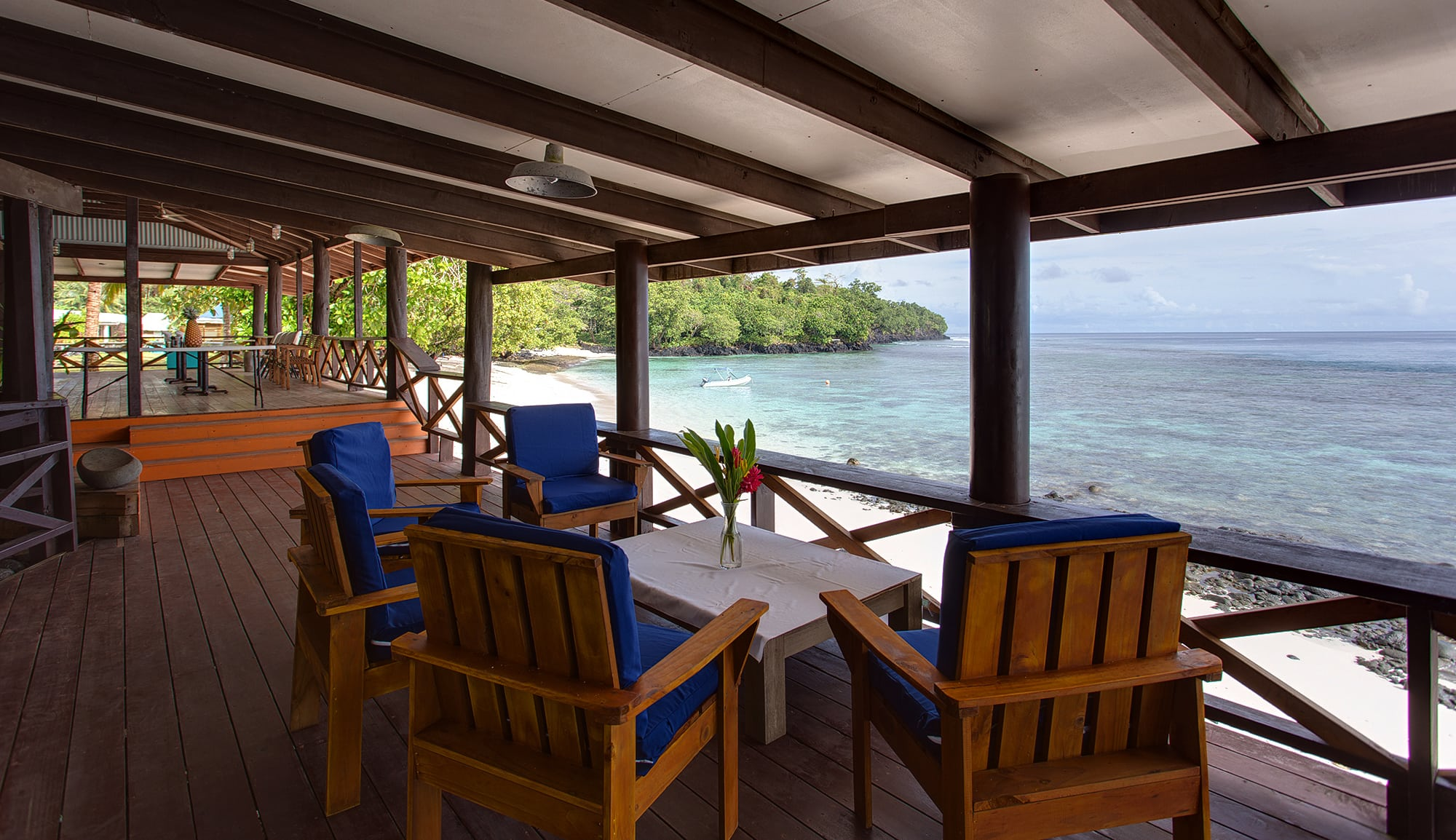Aganoa_Lodge_Dining
