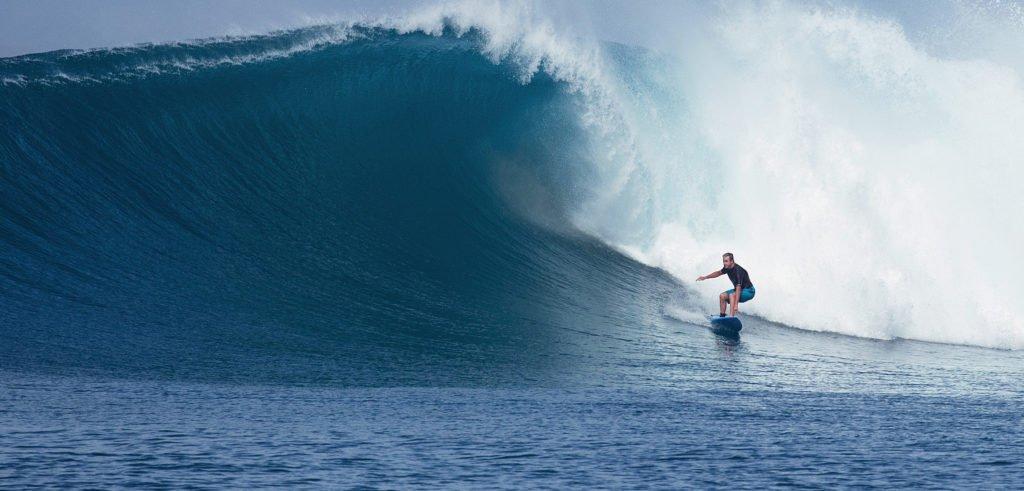 Pinnacles_North_Telo_Paul_Surfing