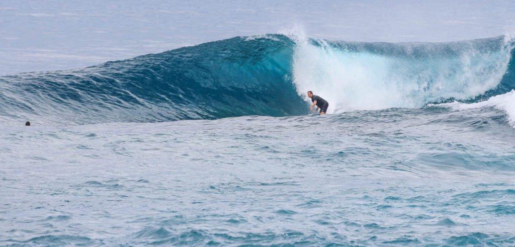 Aganoa_Lodge_Samoa_Surfing