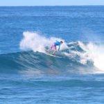 Aganoa_Lodge_Samoa_Jye_Surfing