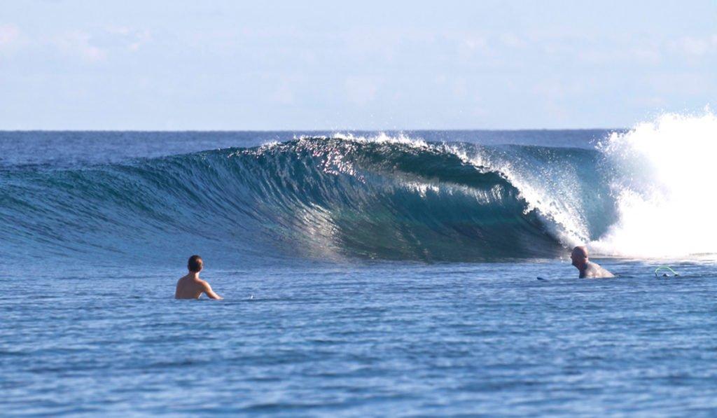 Telo_Island_Lodge_Surf_Bubble