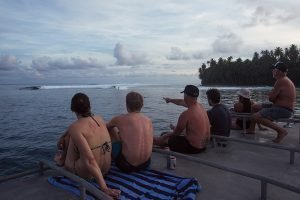 Pinnacles_Lodge_Surf_Guests