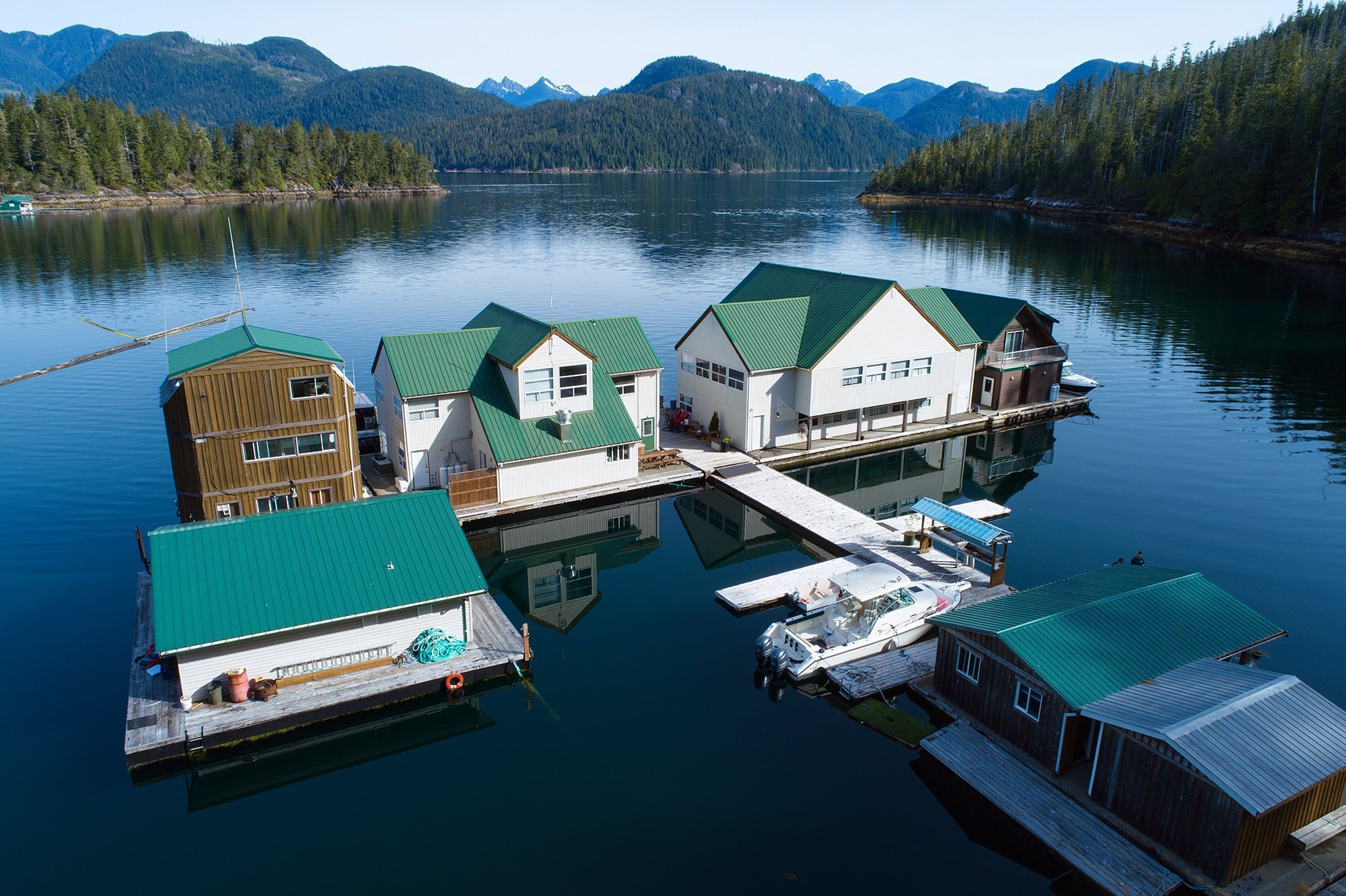 Nootka_Wilderness_Lodge_Aerial