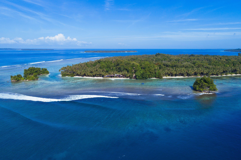 Telo_Island_Lodge_Aerial